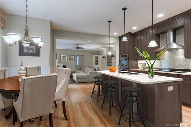 300 Homefair Drive, Fairfield, CT - USA (photo 2)