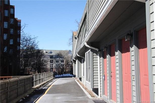 44 Pleasant Street 26, Stamford, CT - USA (photo 2)