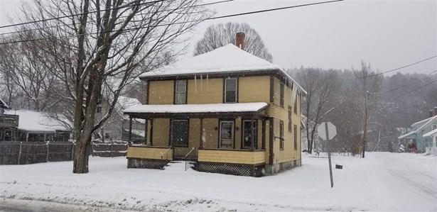 11 Cottage Street, St. Johnsbury, VT - USA (photo 1)