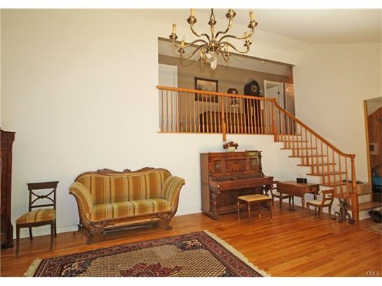16 Shortwoods Road, New Fairfield, CT - USA (photo 5)