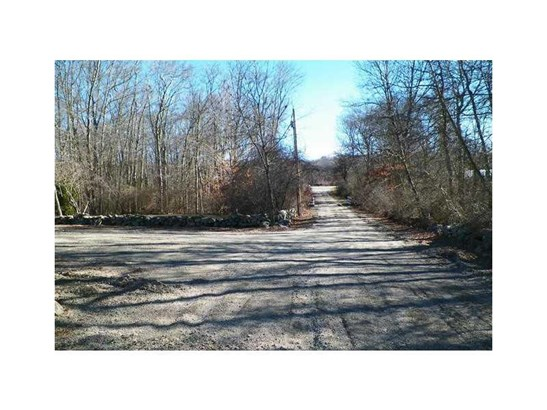 2299 Tower Hill Rd, North Kingstown, RI - USA (photo 3)