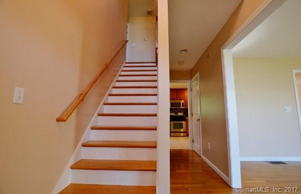 33 Rachel Drive, Rocky Hill, CT - USA (photo 2)