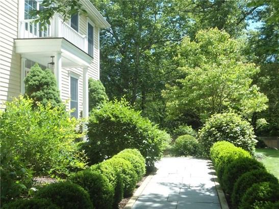 66 Wynnewood Lane, Stamford, CT - USA (photo 2)
