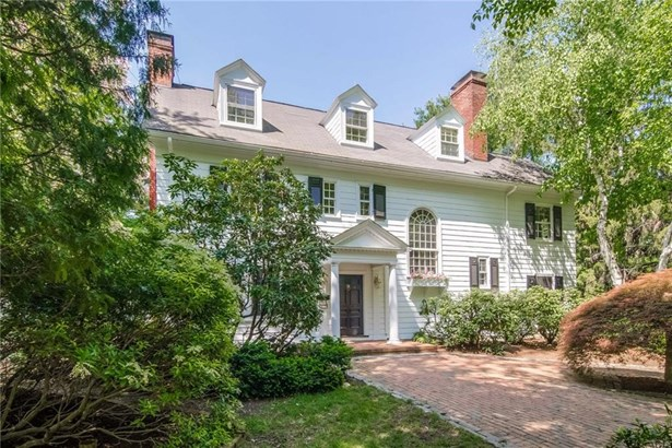 211 South Main Street, West Hartford, CT - USA (photo 2)