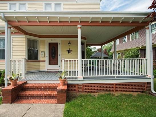 129 Wilson Av, East Providence, RI - USA (photo 1)