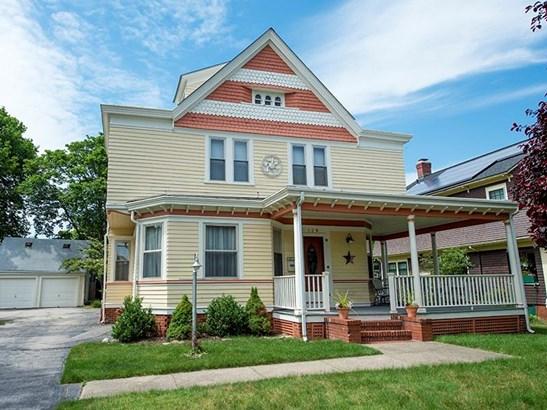 129 Wilson Av, East Providence, RI - USA (photo 2)
