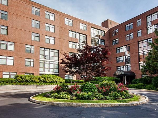 77-79 Florence St 600s, Newton, MA - USA (photo 1)