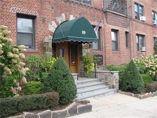 19 South Broadway 5a, Tarrytown, NY - USA (photo 1)