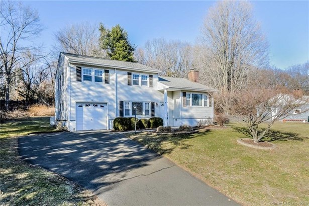 8 Clearbrook Road, Danbury, CT - USA (photo 3)