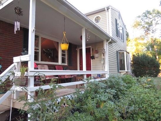 405 Stevens Street, Bristol, CT - USA (photo 4)