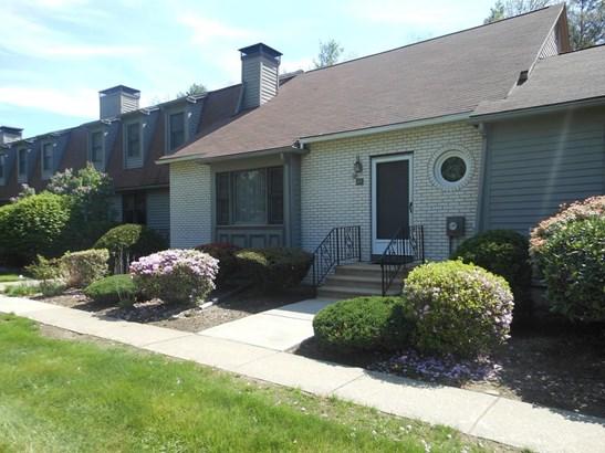 419 Southwick Road J43, Westfield, MA - USA (photo 1)