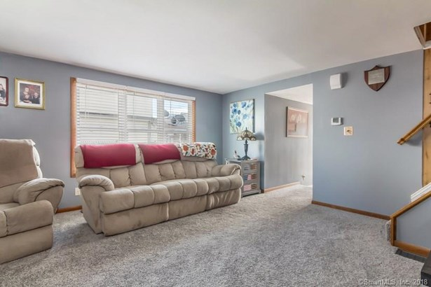 53 4th Avenue, West Haven, CT - USA (photo 4)