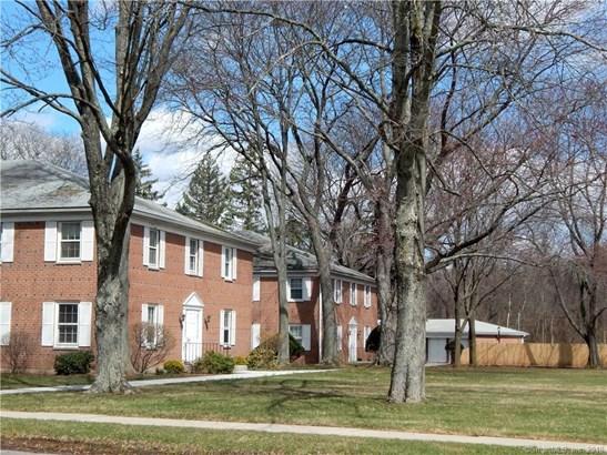 121 Shadow Lane B8, West Hartford, CT - USA (photo 1)