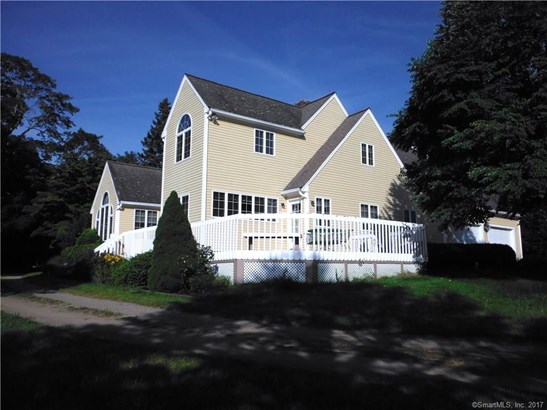 405 Wawecus Hill Road, Norwich, CT - USA (photo 1)