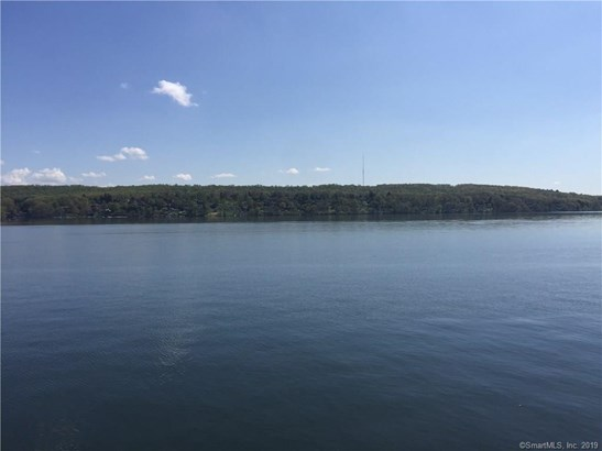 85 Lake Drive North, New Fairfield, CT - USA (photo 5)