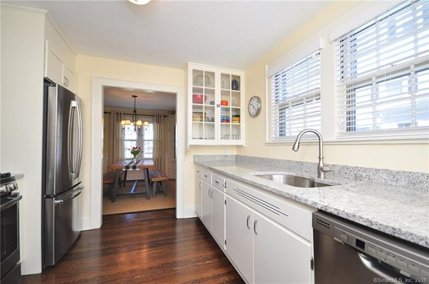 22 Middlefield Drive, West Hartford, CT - USA (photo 2)
