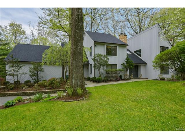 7 Woodland Road, Mount Kisco, NY - USA (photo 1)