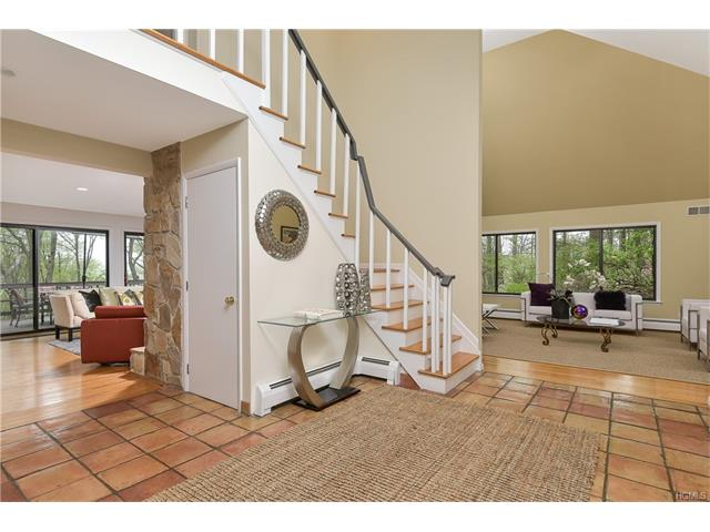 7 Woodland Road, Mount Kisco, NY - USA (photo 3)