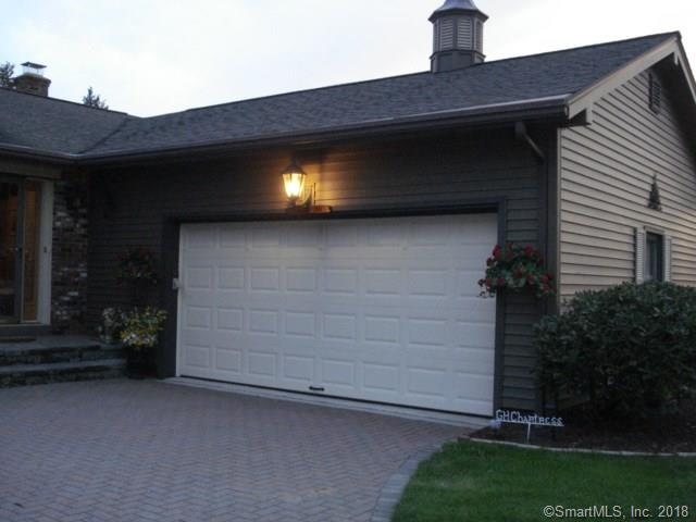 12 Maple Court, Waterford, CT - USA (photo 5)