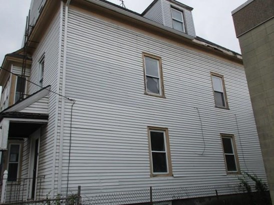 91 Gooding St, Pawtucket, RI - USA (photo 3)