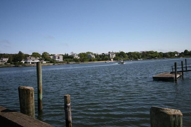 1368 Bridge Street, Yarmouth, MA - USA (photo 3)