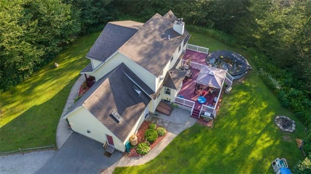 48 Brookstone Dr, Sterling, CT - USA (photo 2)