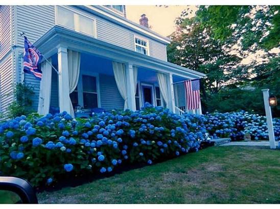 219 Gibbs Av, Newport, RI - USA (photo 1)