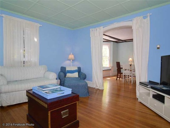 219 Gibbs Av, Newport, RI - USA (photo 4)