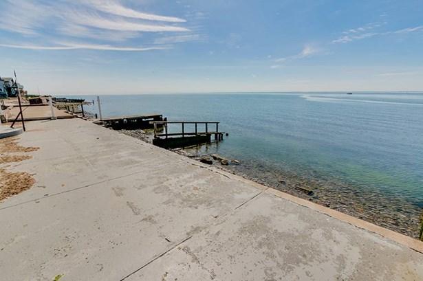 33 Point Beach Drive, Milford, CT - USA (photo 3)