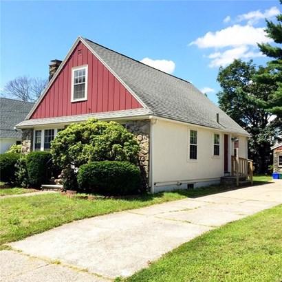 75 Edgemere Rd, Pawtucket, RI - USA (photo 2)