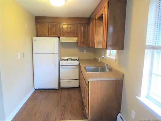 1077 Blue Hills Avenue H, Bloomfield, CT - USA (photo 4)