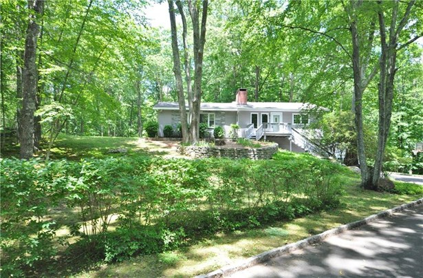 24 Riverford Road, Brookfield, CT - USA (photo 1)