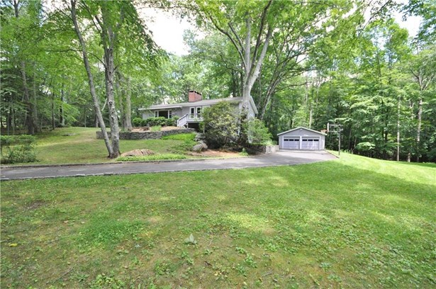 24 Riverford Road, Brookfield, CT - USA (photo 3)