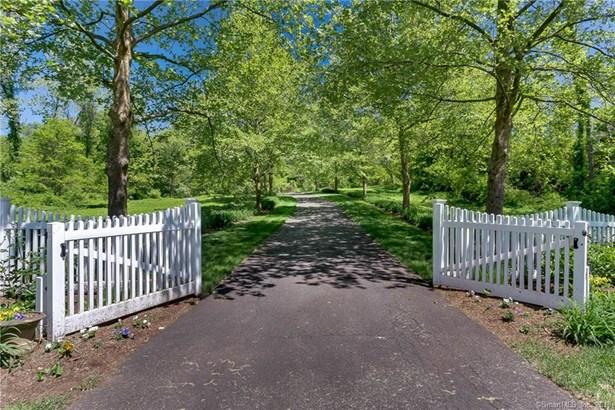 19 High Point Drive, East Hampton, CT - USA (photo 1)