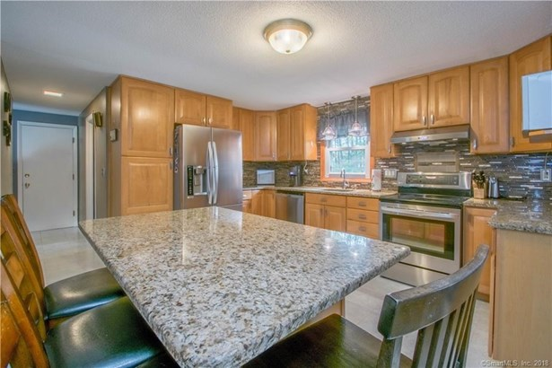 76 Del Prado Drive, Bristol, CT - USA (photo 2)