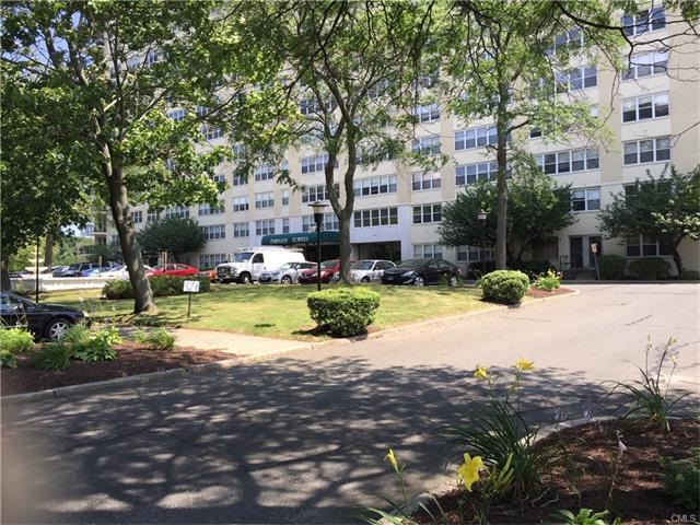 2625 Park Avenue 4j, Bridgeport, CT - USA (photo 3)