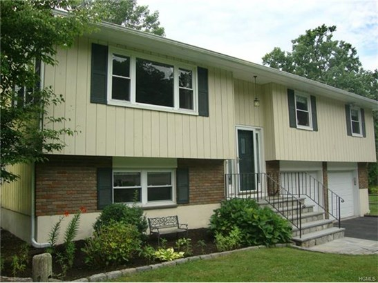 9 Oconnor Court, Montrose, NY - USA (photo 1)