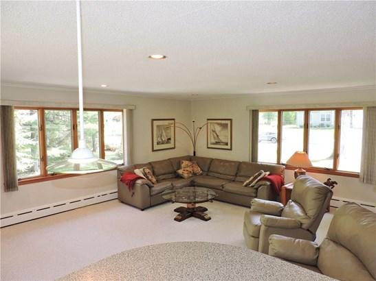 17 Birchwood Terrace, Middlebury, CT - USA (photo 2)