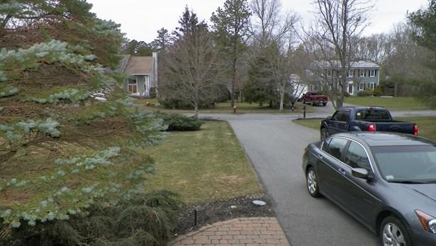 12 Hanover Ct, Dartmouth, MA - USA (photo 5)
