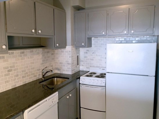 19 Winchester St 904, Brookline, MA - USA (photo 5)
