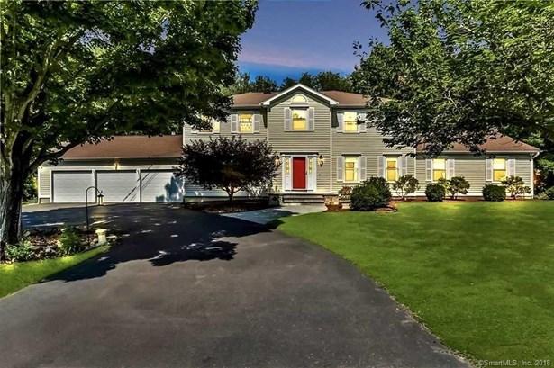 32 Mulberry Lane, Shelton, CT - USA (photo 1)