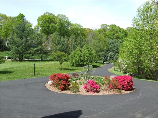 21 Mountaincrest Drive, Cheshire, CT - USA (photo 2)