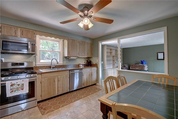 33 Redwood Road, Manchester, CT - USA (photo 2)