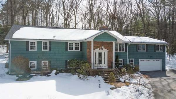 204 Sutton Hill Road, North Andover, MA - USA (photo 1)