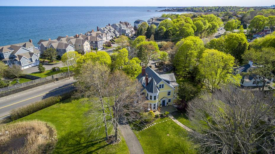 179 Beach Bluff Ave, Swampscott, MA - USA (photo 1)