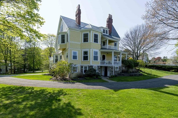 179 Beach Bluff Avenue, Swampscott, MA - USA (photo 1)