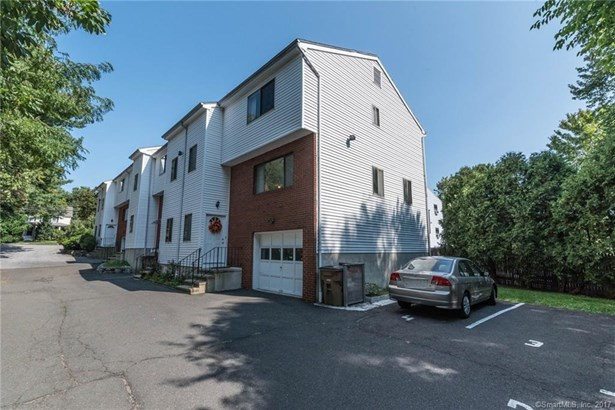 422 Courtland Avenue 5, Stamford, CT - USA (photo 4)