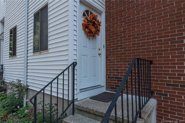 422 Courtland Avenue 5, Stamford, CT - USA (photo 5)