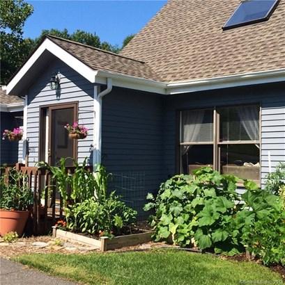 106 Lake Vista Drive 106, East Hampton, CT - USA (photo 1)