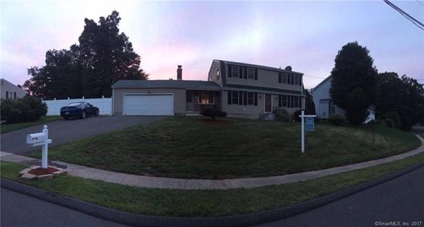 66 Hollyberry Lane, Plainville, CT - USA (photo 2)